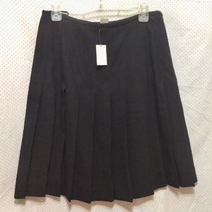 New fit and flair pleated skirt 14/16
